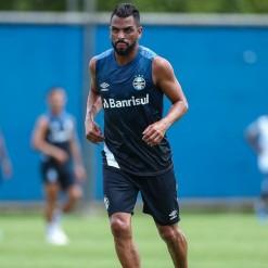 Grêmio pode manter equipe do Gre-Nal contra o Caxias