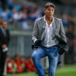 Grêmio se divide entre negociação com Renato e 'finais' por Libertadores