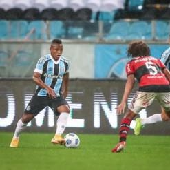 Grêmio vai contratar professor de português para ajudar adaptação de Campaz