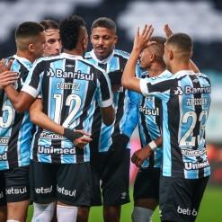 Grêmio volta a bater o Vitória e está nas quartas de final da Copa do Brasil