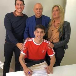 Inter confirma renovação de contrato com Enzo, filho de Fernandão