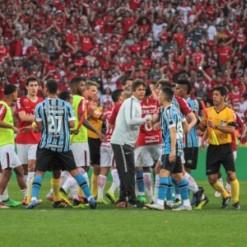 Maicon, Renato, Inter e árbitro serão julgados por confusão do Gre-Nal