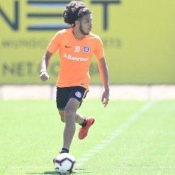 Personagem do Gre-Nal, Nonato ganha apoio de rival e proteção no Inter
