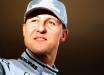 Schumacher está em Paris para tratamento com transfusões de células-tronco, afirma jornal