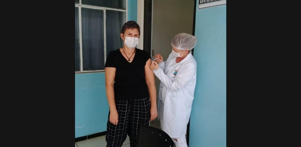Mondaí inicia vacinação contra o coronavírus