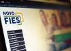 Bolsonaro sanciona lei que suspende o pagamento do Fies