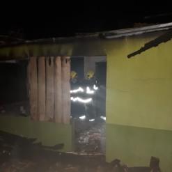 Bombeiros atendem ocorrência de incêndio no interior de Iporã do Oeste