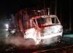 Caminhão que transportava roupas pega fogo na SC-283