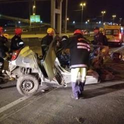 Jovem de 21 anos morre após colisão lateral entre carros