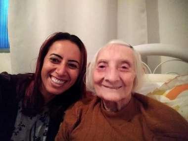 Dona Antônia com a neta  Vanderlize Blank Willms