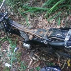 Motocicleta furtada é encontrada no interior