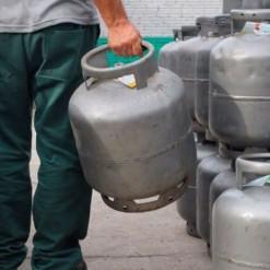 Petrobras reduz preço do gás em 10% a partir desta terça-feira