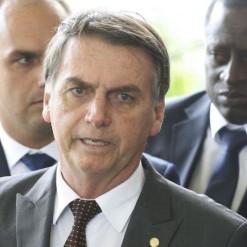Posse de Bolsonaro terá desfile em carro aberto e coquetel