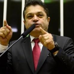 Procuradora pede imediata prisão do deputado João Rodrigues