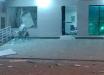 Suspeitos arrombam cooperativa e explodem caixa eletrônico